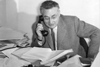 e8bd5f2255c En savoir plus sur Raymond Queneau - Entretiens et documents - Site  Gallimard
